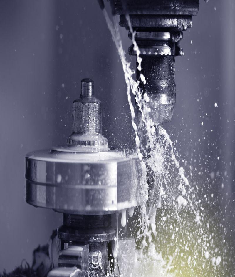 Limpke Metallverarbeitung nutzt CNC Maschinen mit Wasserkühlung
